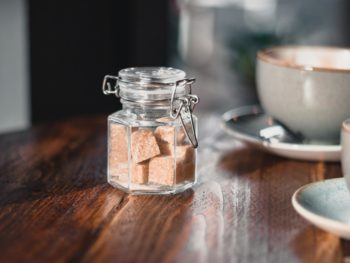 Top sugar alternatives and sweeteners for low-carb diets