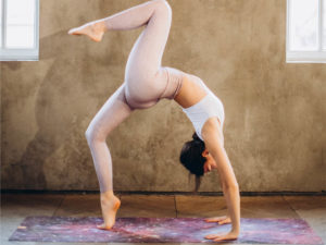 yoga poses to strengthen core